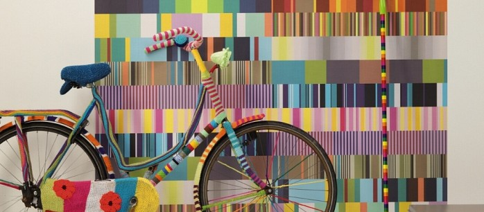 9390d_Behang_Stripes_Only_fiets_Eijffinger.jpg